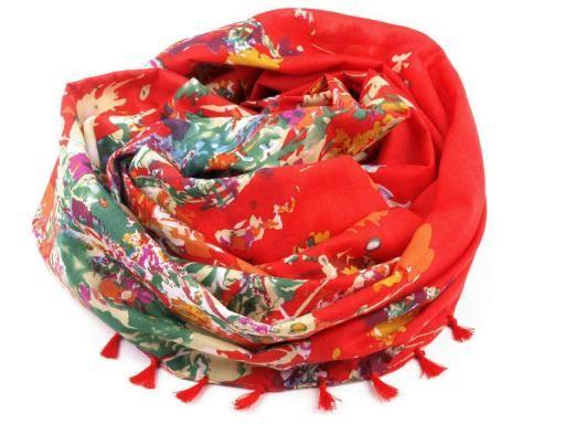 Šátek  95x100cm květovaný s třásničkami   (1 ks)
