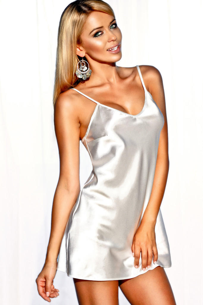 Něžná košilka Ibiza bílá