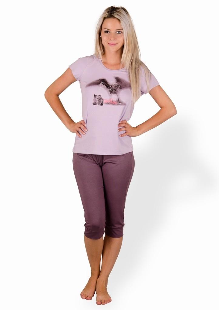 Dámské pyžamo s obrázkem růže a capri kalhotami II