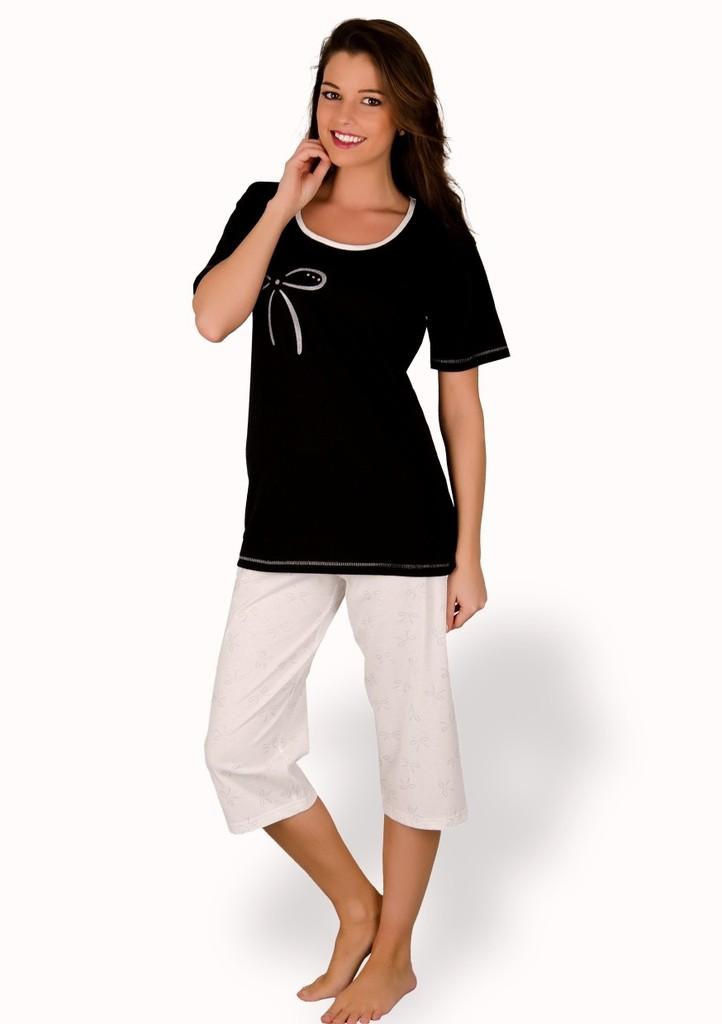 Dámské pyžamo s obrázkem mašle a capri kalhotami