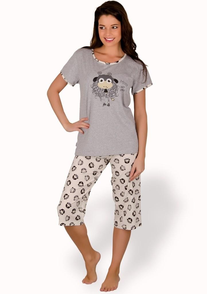 Dámské pyžamo s obrázkem ovečky a capri kalhotami