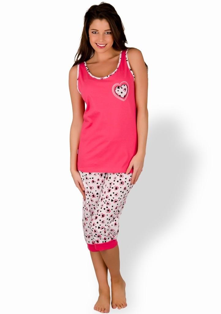 Dámské pyžamo s obrázkem srdce a capri kalhotami