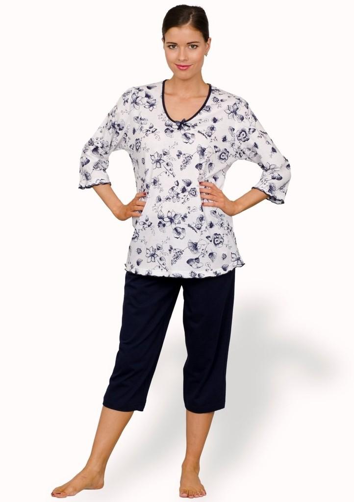 Dámské pyžamo s vzorem květu a capri kalhotami