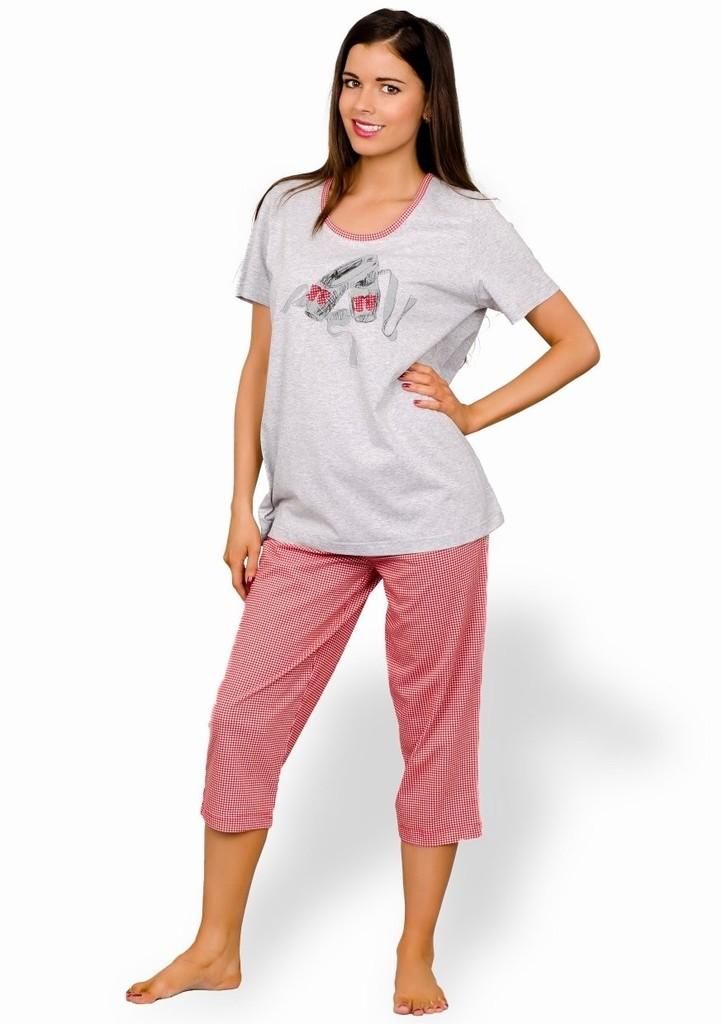 Dámské pyžamo s obrázkem balerin a capri kalhotami