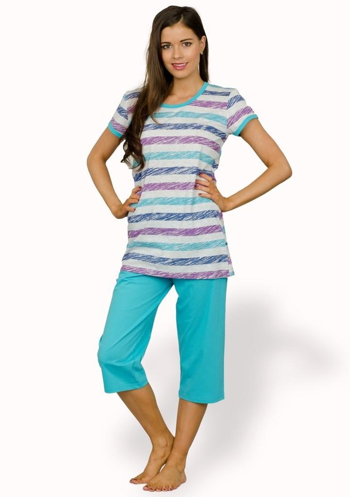 Dámské pyžamo s barevnými pruhy a capri kalhotami
