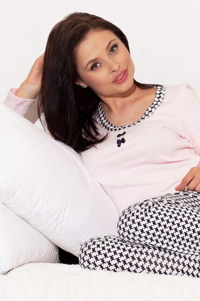 Pohodlné pyžamo BN 200