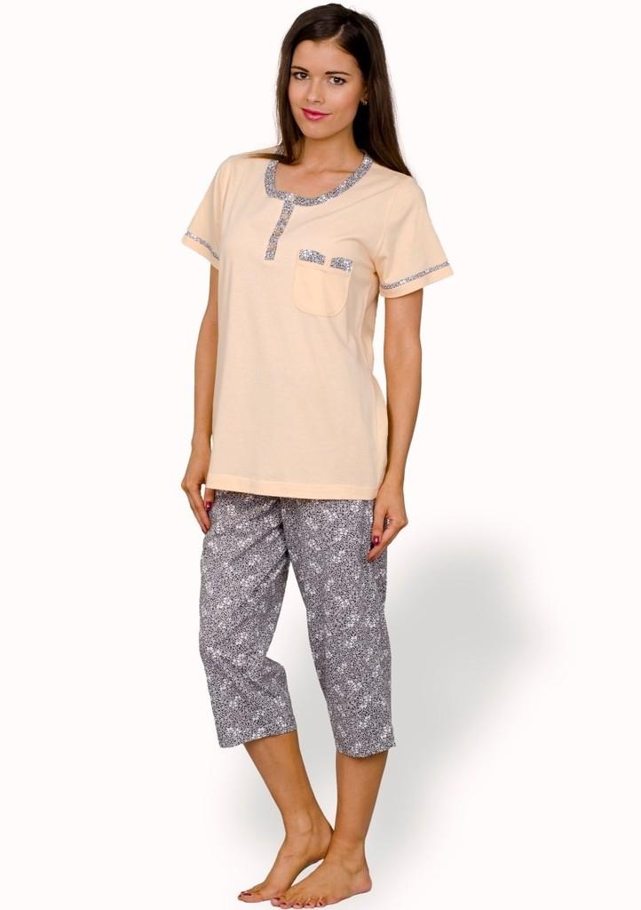 Dámské pyžamo capri se vzorem květů