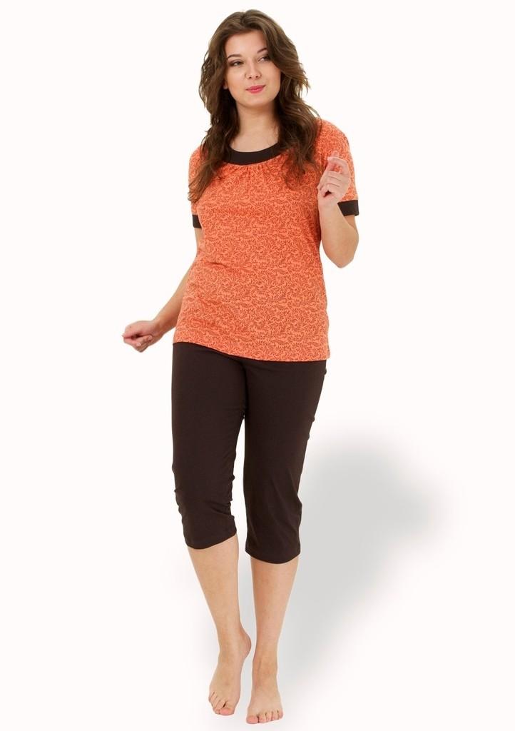 Dámské pyžamo s jemným vzorem a capri kalhotami