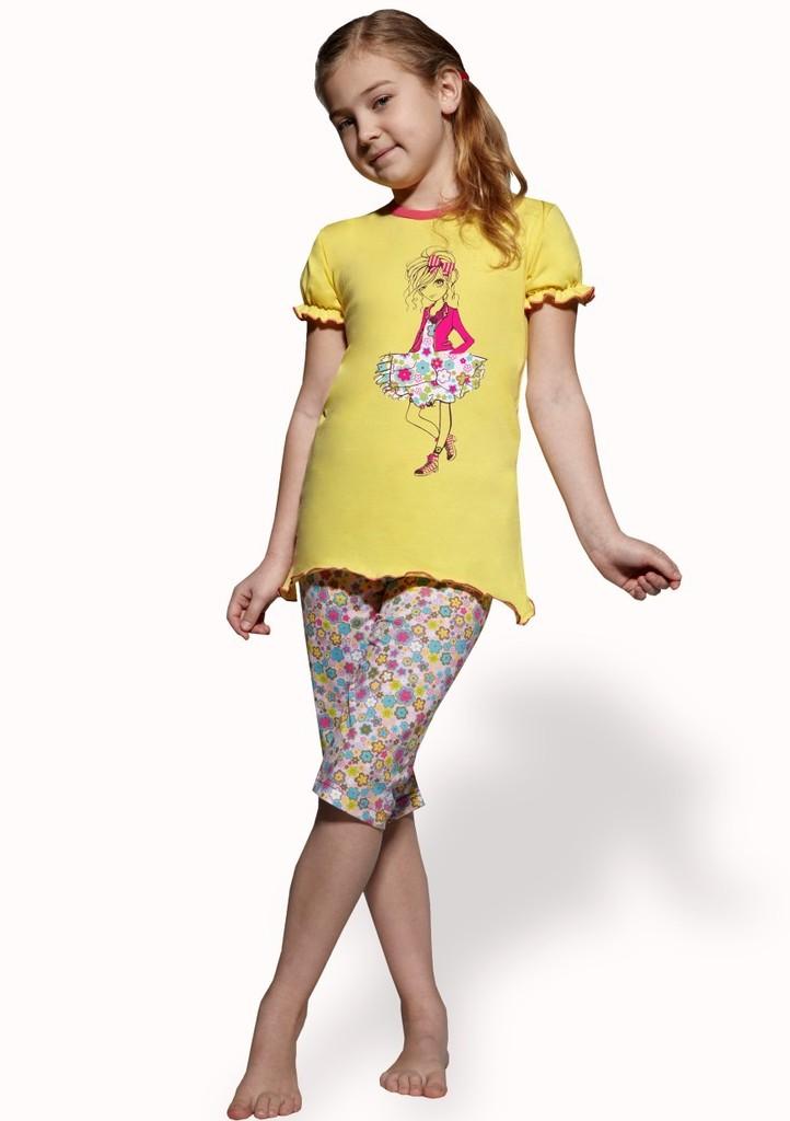 Dětské pyžamo capri se vzorem kytiček