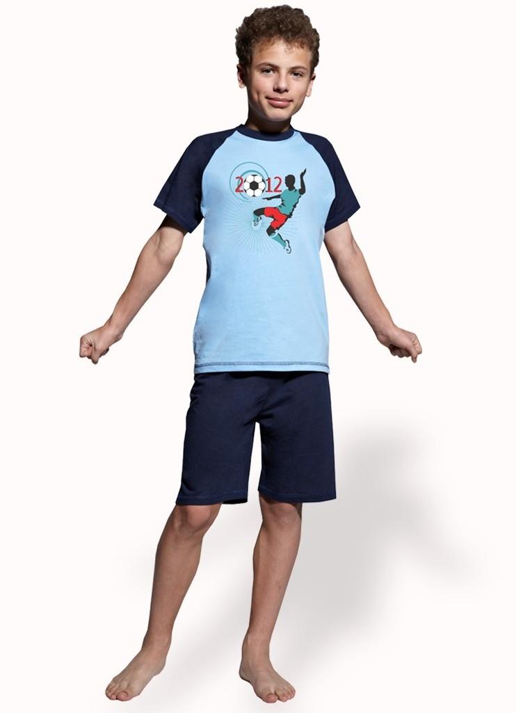 Chlapecké pyžamo s obrázkem fotbalisty a kraťasy