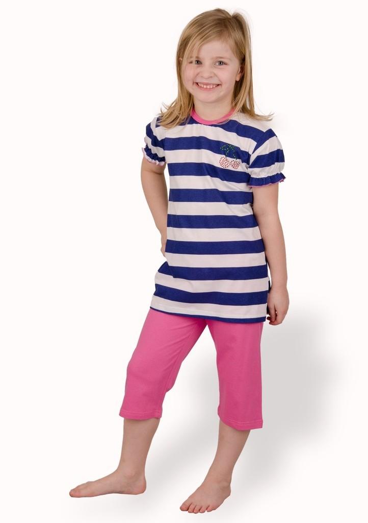 Dětské pyžamo s proužkem a capri kalhotami