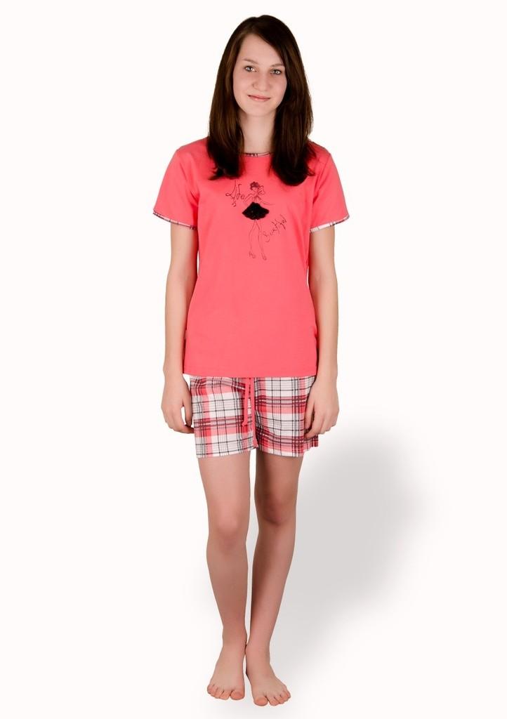 Dívčí pyžamo s obrázkem tanečnice a kraťasy
