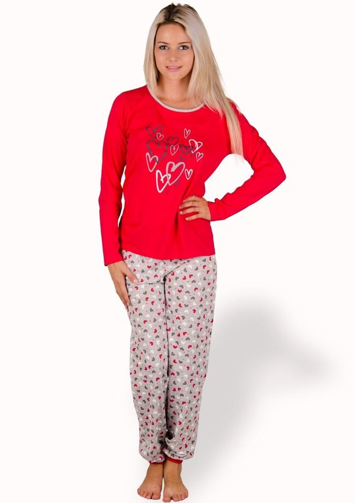 Dámské pyžamo s obrázkem srdíček