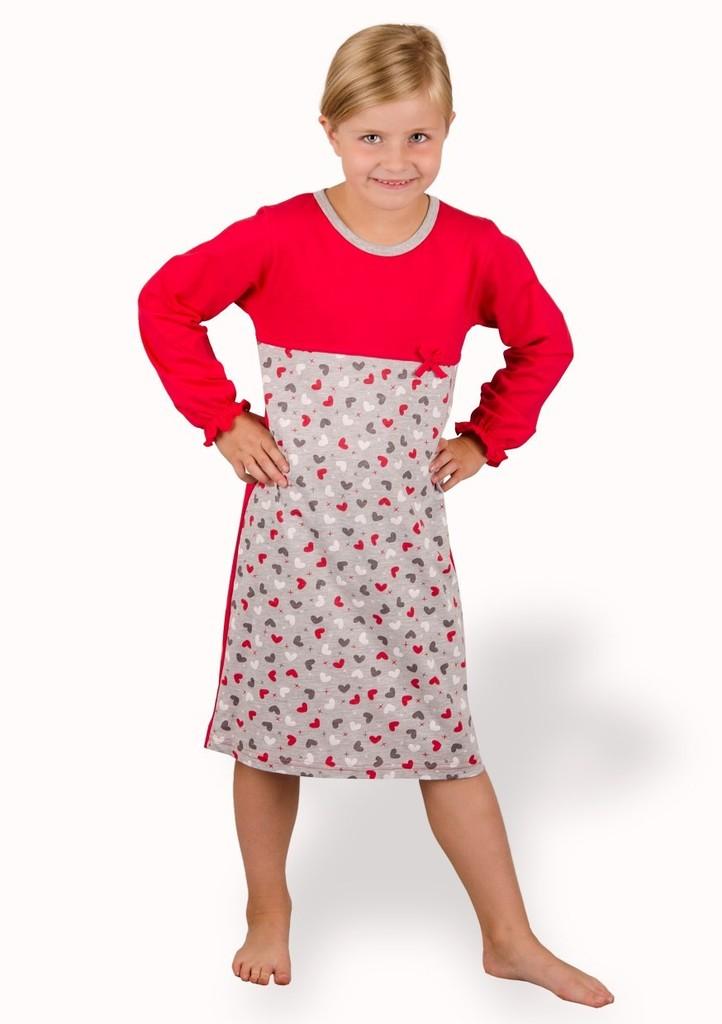 Dětská noční košile se vzorem srdíček