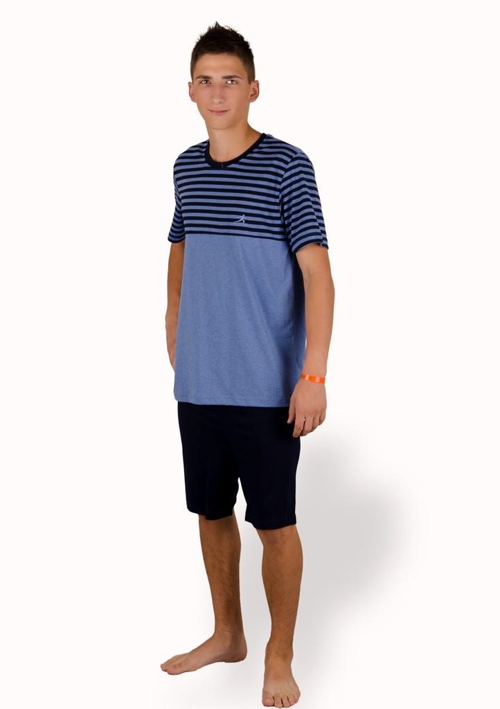 Pánské pyžamo se vzorem proužku a kraťasy