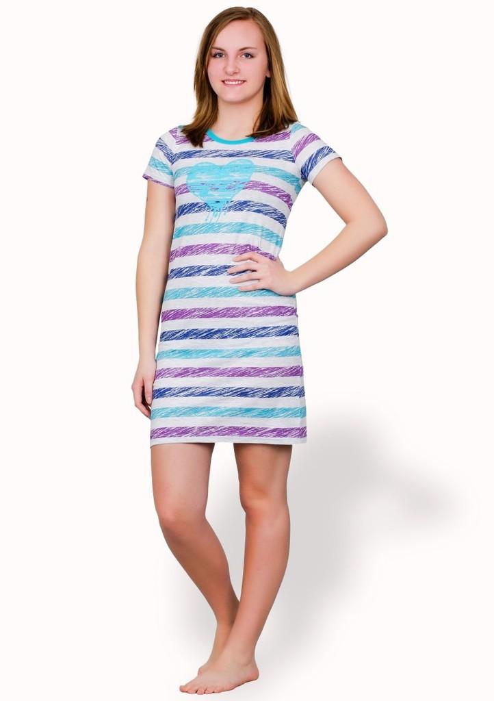 Dívčí noční košile se vzorem barevného proužku