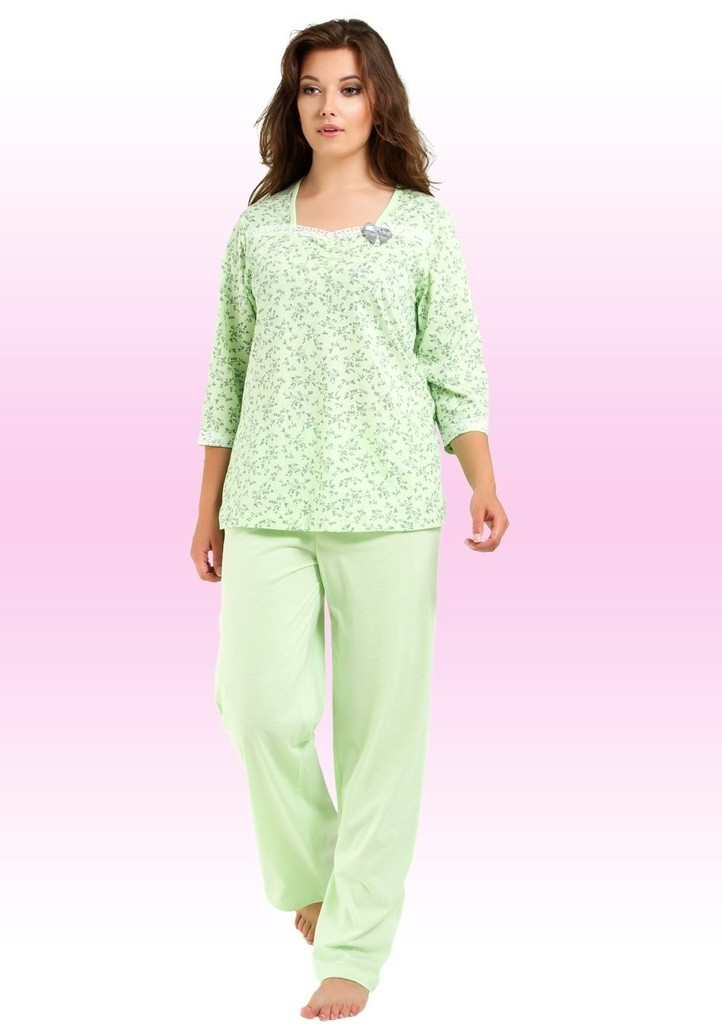 Dámské pyžamo s jemným vzorem květin