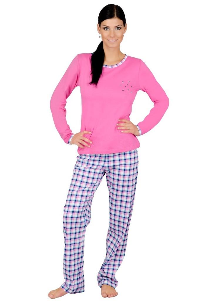 Dámské pyžamo s kalhotami se vzorem kostky