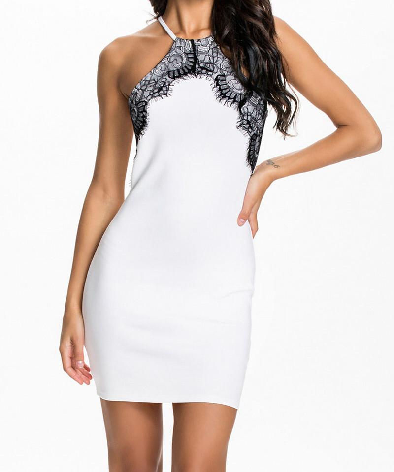 Bíločerné bodycon šaty d-sat338