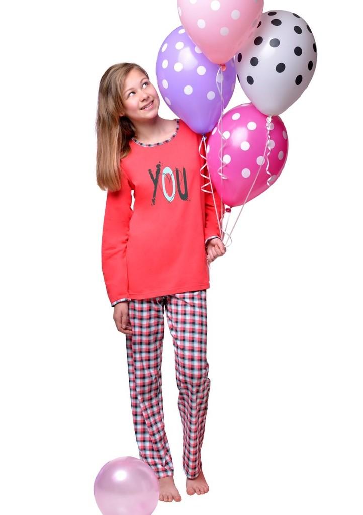 Dívčí pyžamo s nápisem love you