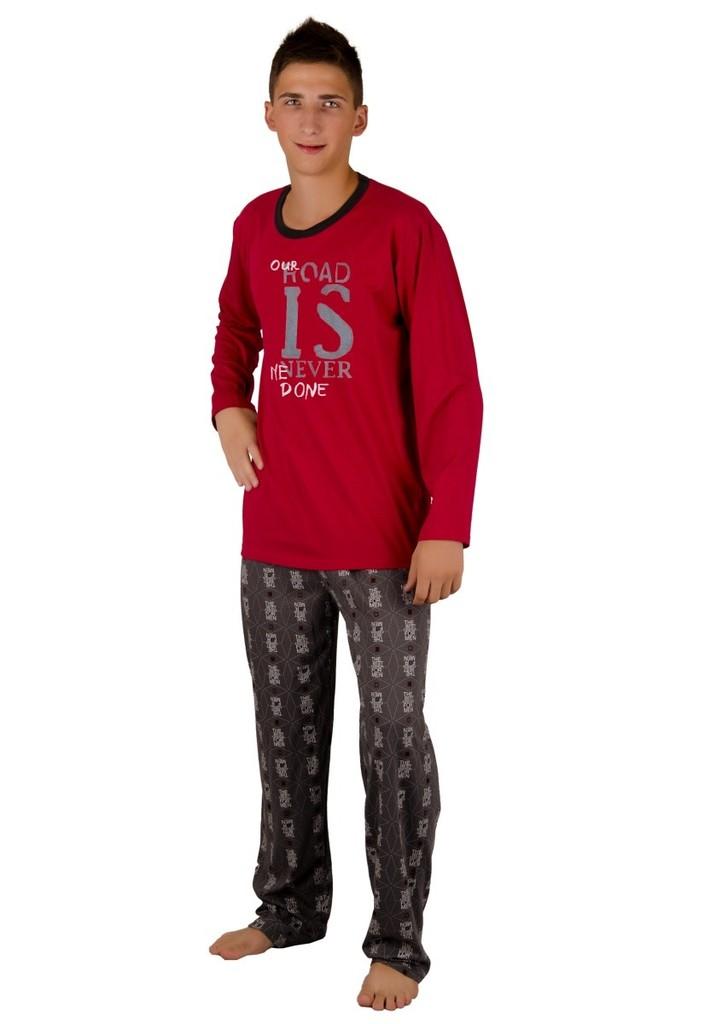 Chlapecké pyžamo s nápisem Our road