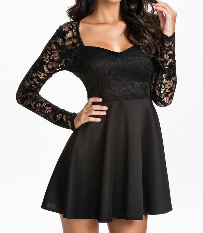 Černé krajkové šaty d-sat411