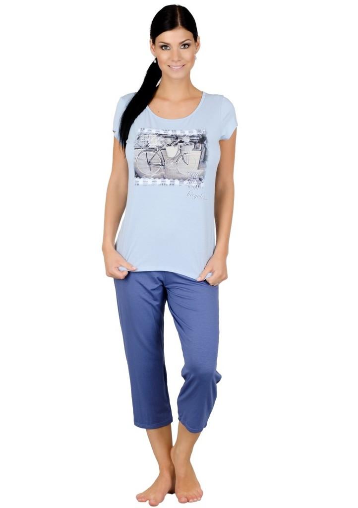 Dámské pyžamo s obrázkem dámského kola a capri kalhotami
