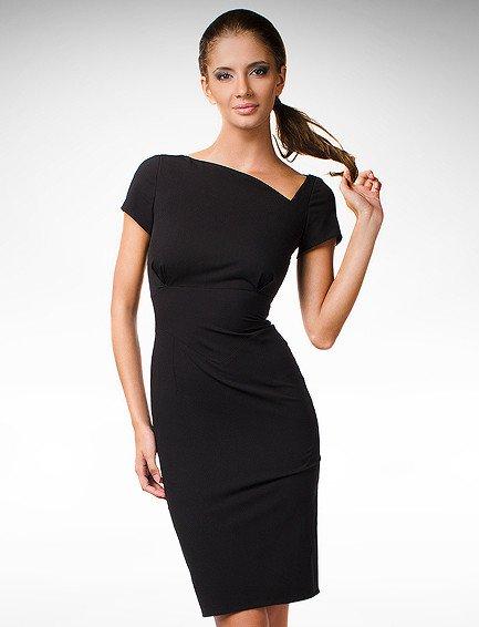 Černé pouzdrové šaty KM70